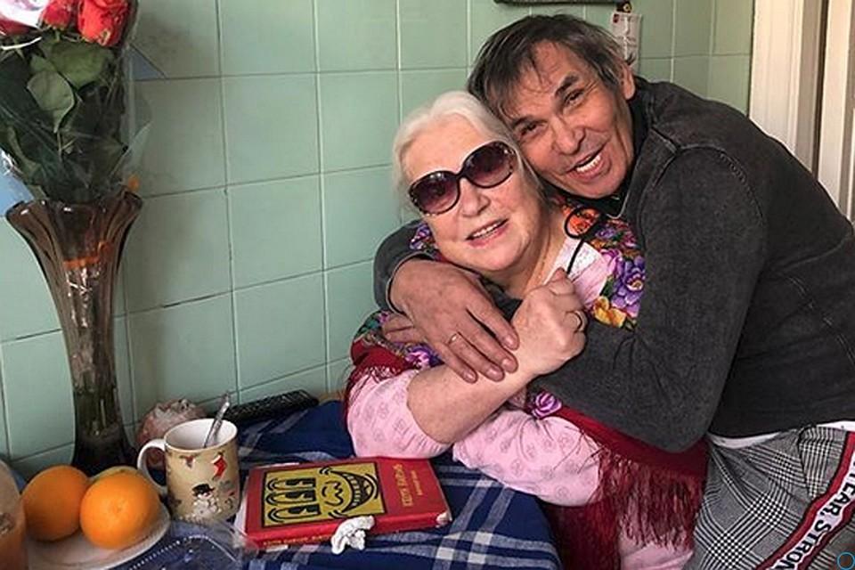 Алибасов прокутит новый дом Федосеевой-Шукшиной в казино, а ее «объявит невменяемой и в лечебницу»