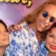 «Старушка в маразме» и волнение стихий: Наташа Королева поделилась забавными кадрами из Майами