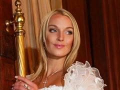 Анастасия Волочкова похвасталась ногами любимого мужчины, но фанаты просят балерину не портить им аппетит