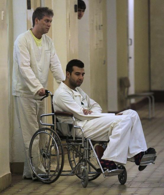 Иван Ургант пострадал в аварии на отдыхе в Америке, шоумен врезался в машину катаясь на велосипеде