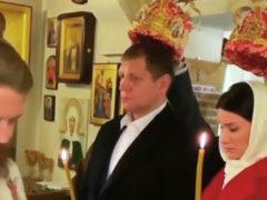 Спустя полгода после развода: известный боец ММА Александр Емельяненко обвенчался с экс-женой