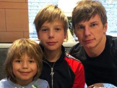 Проснулись отцовские чувства: впервые за пять лет Андрей Аршавин встретился с детьми от Барановской