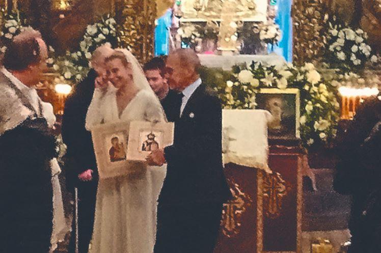Место выбрано неслучайно: стали известны причины спешного венчания Кончаловского и Юлии Высоцкой