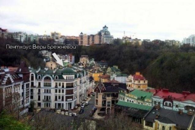 Вера Брежнева впервые показала, как выглядит ее дом, в котором она живет вместе с Константином Меладзе