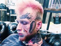 «Это очень мрачный рисунок»: сын Елены Яковлевой решил убрать с лица наиболее отталкивающую татуировку