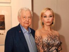 Марина Зудина вышла в свет с младшей дочерью Олега Табакова и она точная копия знаменитого отца