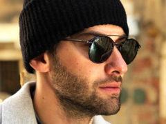 Среди красот венецианского карнавала телеведущий Дмитрий Шепелев пристрастился к спиртным напиткам