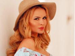 После пластической операции певица Анна Семенович стала похожа на Лободу и Шерон Стоун одновременно