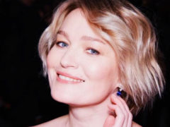 Актриса Виктория Толстоганова похвасталась изысканной фотосессией с повзрослевшей красавицей дочерью