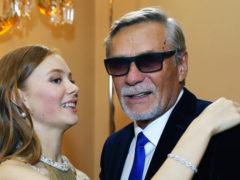 Артист Александр Михайлов впервые показал публике свою подросшую дочь: рыжеволосая красавица сменила имя
