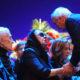 Раздавленная горем вдова Сергея Юрского почернела и едва держалась на ногах на прощании с актером