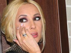 Веденеева рассказала Кудрявцевой о неудачной пластической операции и даже показала разрезы на лице