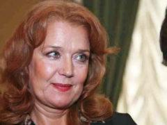 «Я мучилась, он такого не говорил»: Алферова впервые рассказала, почему распался ее брак с Абдуловым