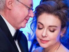 Тяжело переживающая потерю мужа Божена Рынска госпитализирована и находится в тяжелом состоянии