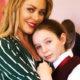 «Она переживает, но держится»: 12-летняя дочь певицы Юлии Началовой написала маме трогательное письмо