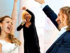 """""""Сильно! Интересно!"""": Проскурякову на удивление всем научили петь в ГИТИСе драматические композиции"""