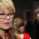 «Простите, люди добрые»: Юлия Меньшова извинилась за публикацию слишком смелых пляжных фотографий