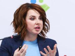 Маленькая дочь Ирины Слуцкой из-за знаменитой мамы подвергается частым унижениям в школе фигурного катания