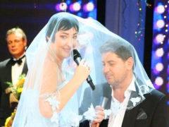 Александр Цекало впервые вышел в свет с четвертой молодой женой и она точная копия юной Лолиты Милявской