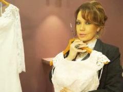 55-летняя Азиза впервые примеряет белоснежное платье невесты: певица выходит замуж за старого друга