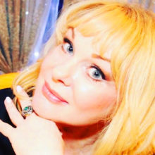 Тело вдовы Евгения Евстигнеева актрисы Ирины Цывиной неожиданно обнаружили в собственной квартире в Москве