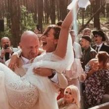 Беременная Каменских и плохая примета: всплыли интересные подробности спешной свадьбы Потапа и Насти
