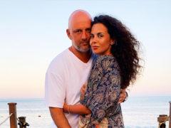 Молодожены Потап и Настя Каменских поделились фото с медового месяца, который они проводят в элитном отеле