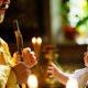 Не удалось скрыть от публики: папарацци засняли тайное крещение маленького сына Эрнста и Малышевой