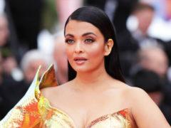 Золото и перья Болливуда: индийская актриса Айшвария Рай затмила всех роскошью нарядов на Каннском фестивале