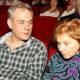 Сергея Доренко могли отравить: старшие дочери журналиста обвинили в случившемся горе его вторую жену