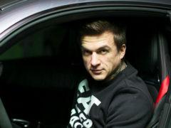 После исповеди и причастия экс-солист группы Smash Влад Топалов попал в серьезную аварию на трассе в Москве