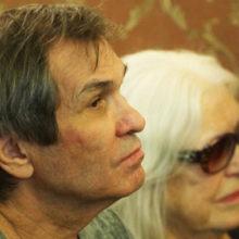 После слухов о расставании Алибасова и Федосееву-Шукшину засняли в постели: продюсер показал, как проводит время с женой