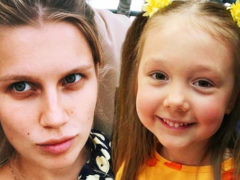 «Папины дочки» удивили сменой имиджа: Мельникова побрилась налысо, а Пуговка превратилась в блондинку