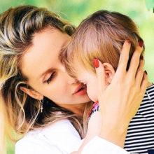 Малышке Тильде исполнился год: Светлана Лобода впервые показала умилительную фотографию младшей дочери