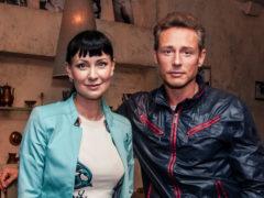 «Какие у Вас красивые дети!»: Нонна Гришаева появилась на важном мероприятии в сопровождении дочери и сына