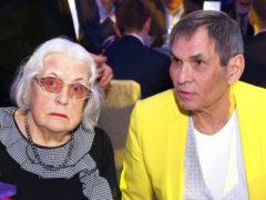 Скандал: сын Бари Алибасова впервые стал отцом, но тут же сбежал от жены и маленькой дочки в столицу