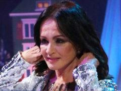 На фоне слухов о тяжелой болезни 71-летняя София Ротару удивила поклонников изменившимся внешним видом