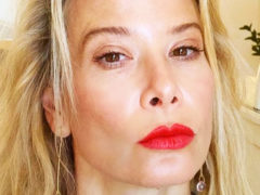 Изменилась до неузнаваемости: поклонники Юлии Высоцкой не на шутку переживают за состояние здоровья актрисы
