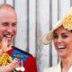 Младший сын Кейт Миддлтон появился на публике в поношенном костюме принца Гарри 33-летней давности