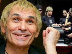 «Сейчас надо восстанавливать голову»: потерянный во времени Бари Алибасов отказывается от реабилитации