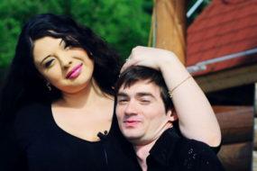 Экс-участница «Дом-2» Инна Воловичева строит дом за 7 000 000 рублей и готовится родить второго ребенка от любимого мужчины