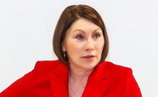 Измученная Роза Сябитова обратилась за помощью к психиатру: у знаменитой телесвахи случилась истерика