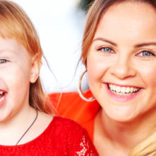 «Мяукник!»: дочь Игоря Николаева взяла первые уроки вокала у своей звонкоголосой матери Юлии Проскуряковой