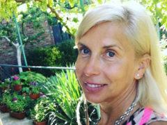 Алена Свиридова продемонстрировала прекрасную физическую форму стоя на SUP-борде в городе своего детства