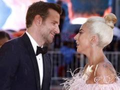Леди Гага переехала в дом к Брэдли Куперу и уже вовсю хозяйничает: певица сменила мебель, купленную Ириной Шейк