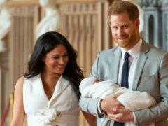 Меган Маркл и принц Гарри решили провести тайное крещение, но в прессу просочились имена крестных родителей