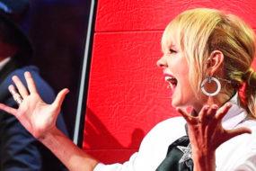 """Валерия травмировалась на съемках шоу """"Голос"""": певице понадобилась экстренная медицинская помощь"""
