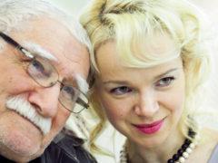 Виталина Цымбалюк-Романовская вызвалась помочь Армену Джигарханяну после перенесенной операции