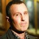 Сын Игоря Верника вытер нос пятитысячной купюрой: Андрей Разин с возмущением отреагировал на эту выходку