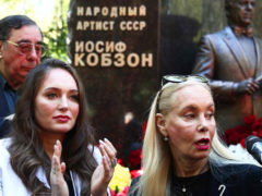Год без Иосифа Кобзона: на открытии памятника в его честь собрались близкие и коллеги народного артиста